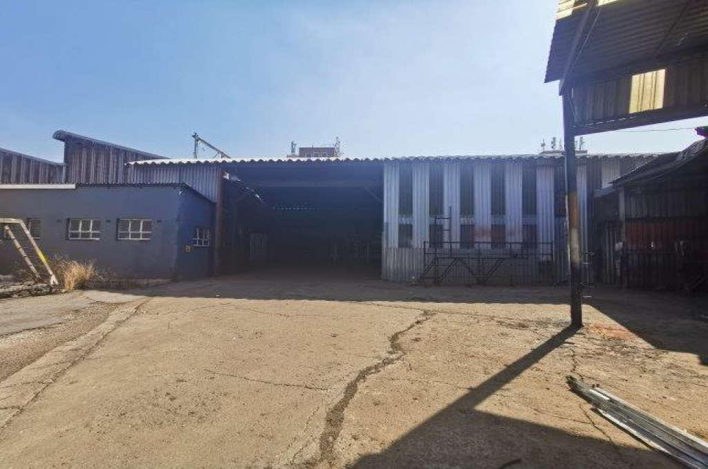 190 SOUTH RAND ROAD,Gauteng,Industrial Properties,SOUTH RAND ROAD,1196