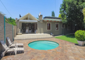 8 CARLA,Gauteng,3 Bedrooms Bedrooms,2 BathroomsBathrooms,Residential Properties,CARLA,1088
